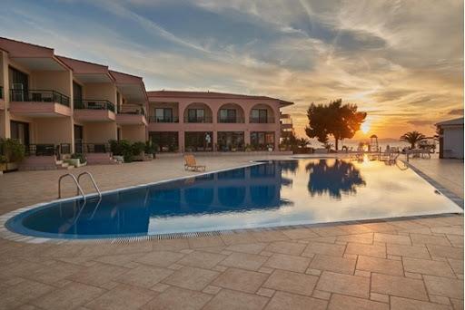 Early Booking Discount понуда од хотел Toroni Blue Sea 4****